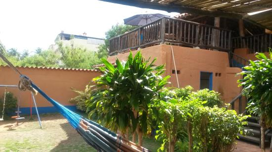 Costa Linda Beach : En la sala de estar hay unas hamacas para que te relajes