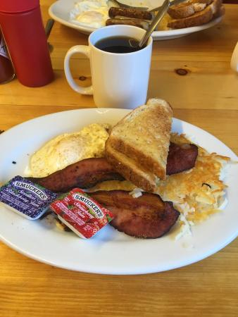 Hungry Horse, MT: Carolyn's Cafe
