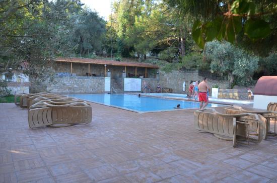 Natur-Med Thermal Springs and Health Resort: sıcak soğuk havuzlar