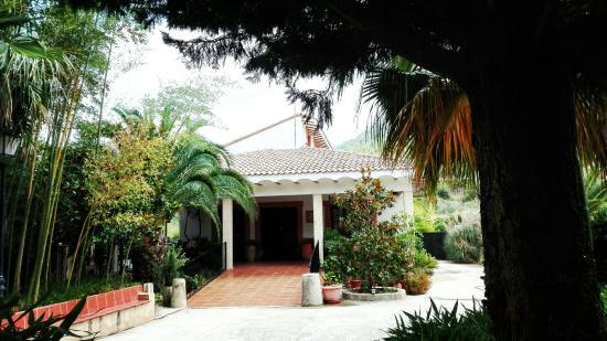 imagen Bolumini Restaurante en Alfafara