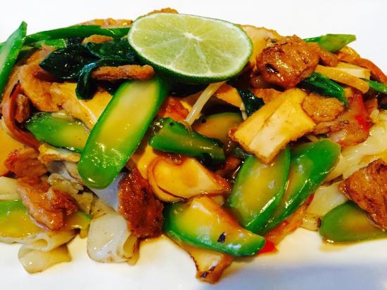 My Thai Vegan Cafe : Rad Na Plus