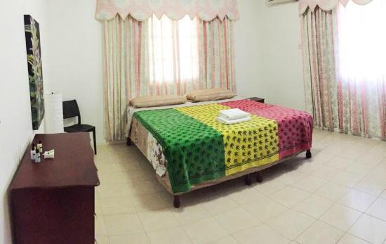 Priory, Jamajka: KUSH room