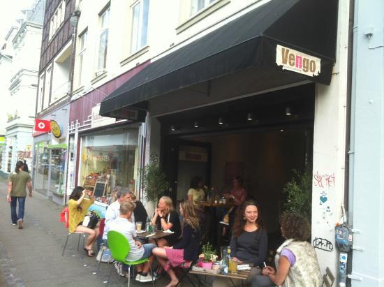 Vengo Die Gemusekuche: Outside