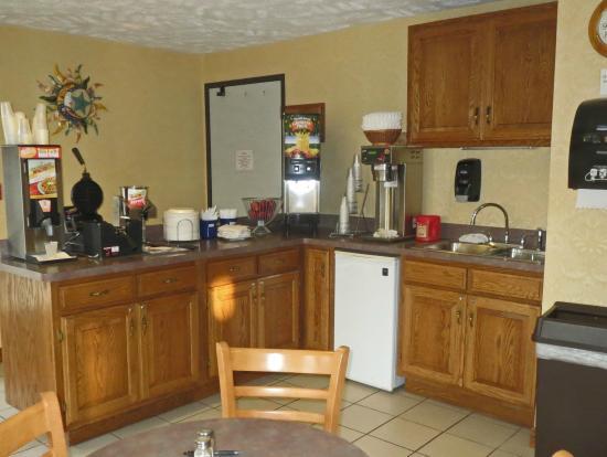 Days Inn Grayling : Breakfast Area