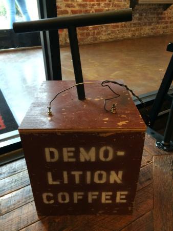 Demolition Coffee: Wonderful Decor