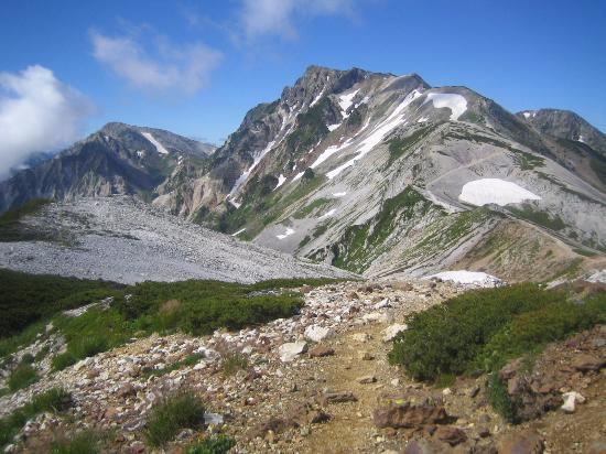 Mt Shirouma: 栂池方面に降ります