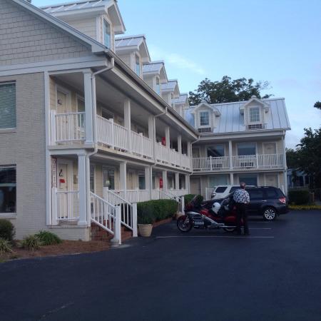 Oriental, NC - River Neuse Suites