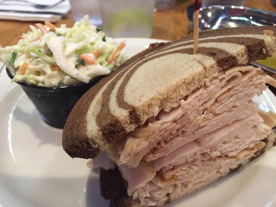 Chompie's: Turkey sandwich