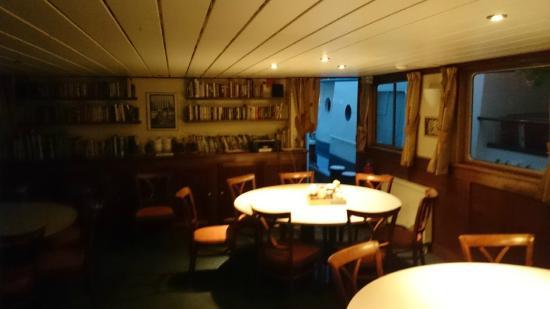 Hotelboot Angeline: Sala do café da manhã