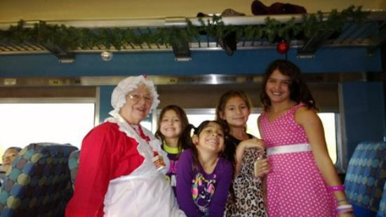 Austin Steam Train: Mrs. Claus and our girls