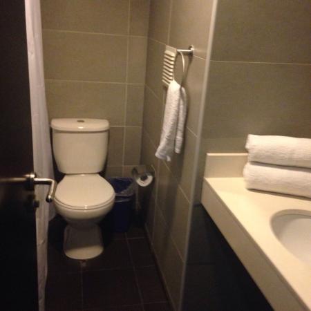 Hotel Iquique Express: Baño