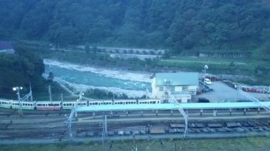 Feel Unazuki: 浴場から(トロッコ列車)