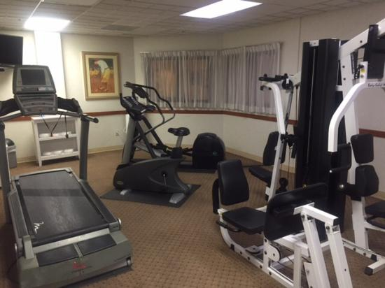 San Mateo, CA: Фитнес комната
