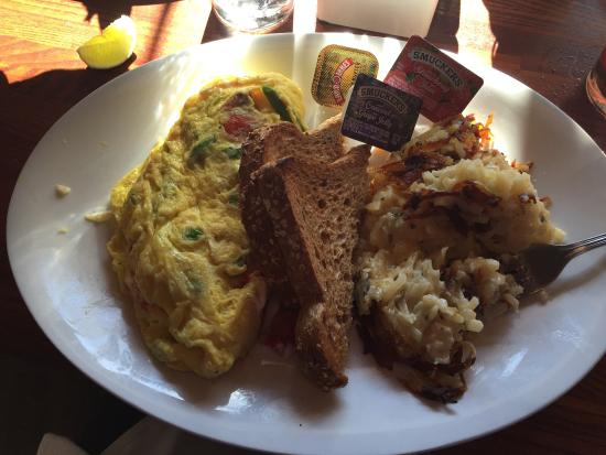 Dunlays on Clark : Lincoln Park Omelette