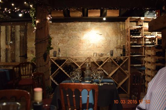 Placerville, CA: Inside the wine celler