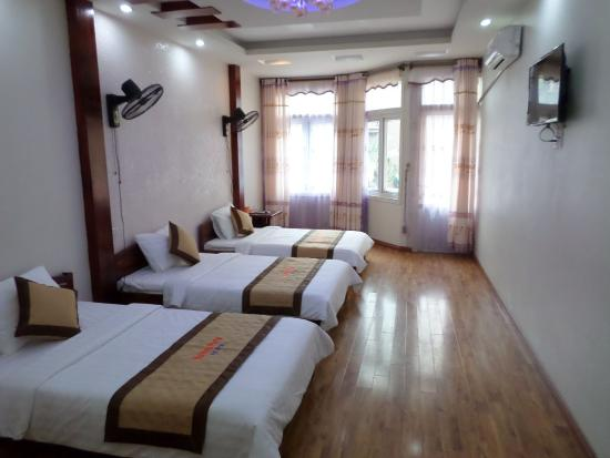 Halong Party Hostel & Hotel