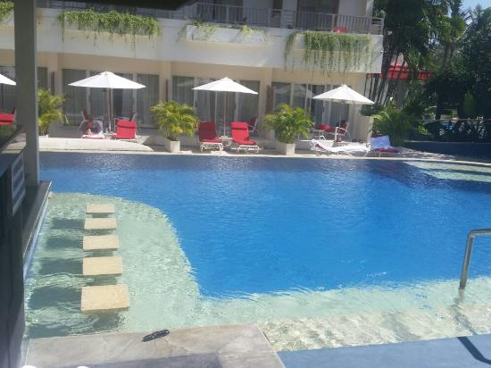 The Breezes Bali Resort & Spa: If you want a great hotel with great facilities and really helpful staff and management it won't