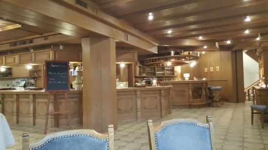 Hotel & Restaurant Becher