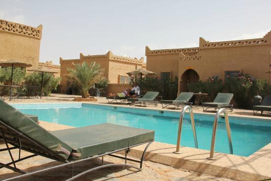 Les Portes du Desert: PISCINA