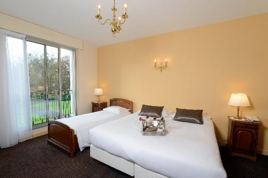 hotel la marine reviews price comparison saint herblain france tripadvisor. Black Bedroom Furniture Sets. Home Design Ideas
