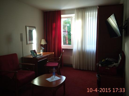 Hotel Wettstein: Room