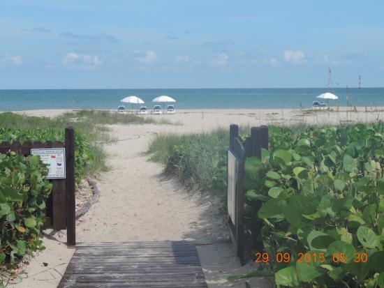 Prestige Hotel Vero Beach From Grounds