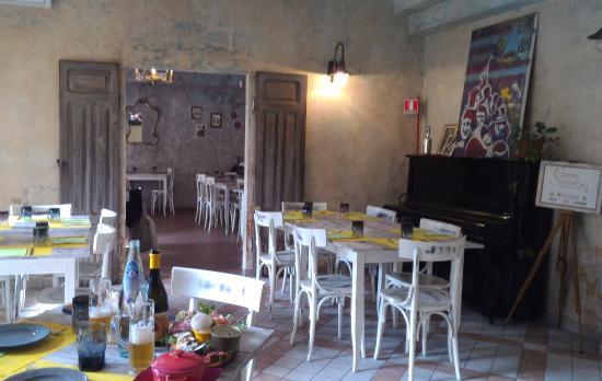 Interno locale picture of civico sociale cassino for Interno 7 cassino