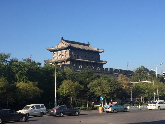Shanhaiguan Scenic Resort : Temple in old town in Shanhaiguan... Very very interesting temple and Chinese Great Wall...