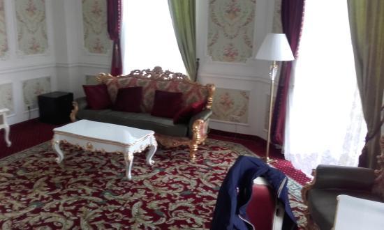 Royal Grand Hotel: salone