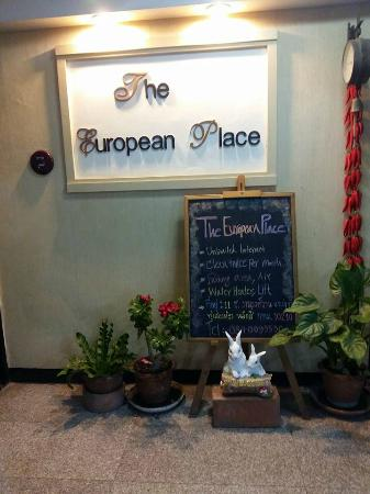 The European Place : Front office