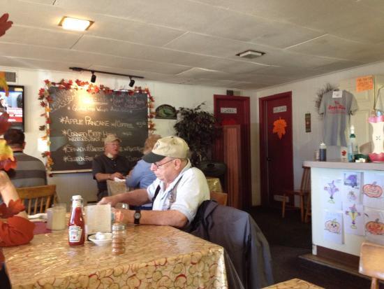 Biglerville, بنسيلفانيا: Dining area