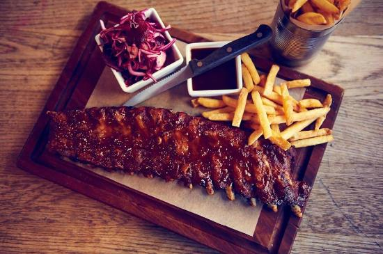how many ribs are in a half rack