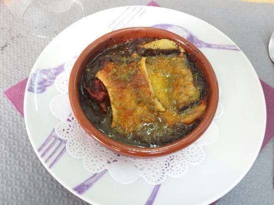 Chez Aristide: Entrada se berinjela - um espetáculo  Lentilha com cordeiro - tempero na medida certa Torta de a