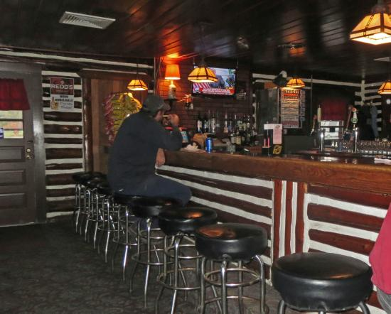 Talley's Log Cabin Bar: Bar Seating