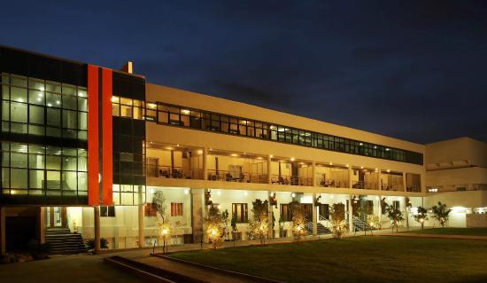 Chairman's Resort & Club