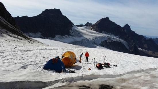 Alpine School Bergaufbergab: Sonnenaufgangstour - Piz Buin