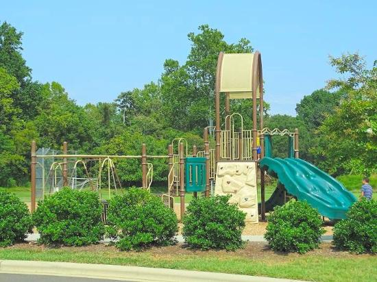 Hillsborough, NC: playground