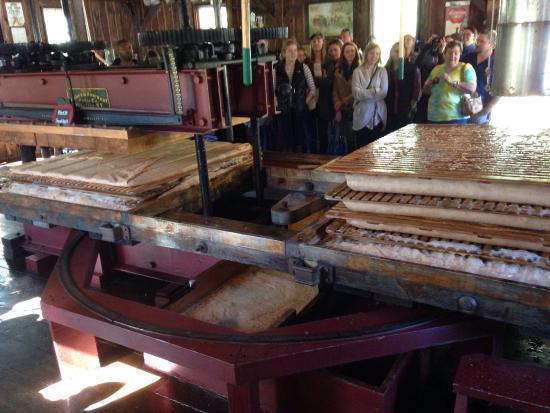 B.F. Clyde's Cider Mill: photo2.jpg