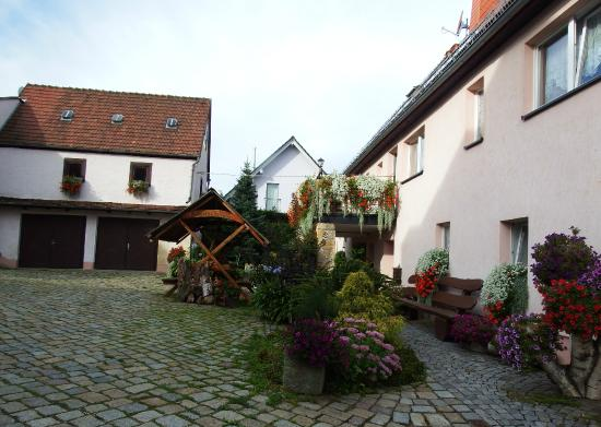 Freital, Jerman: courtyard, and a great place to have coffe