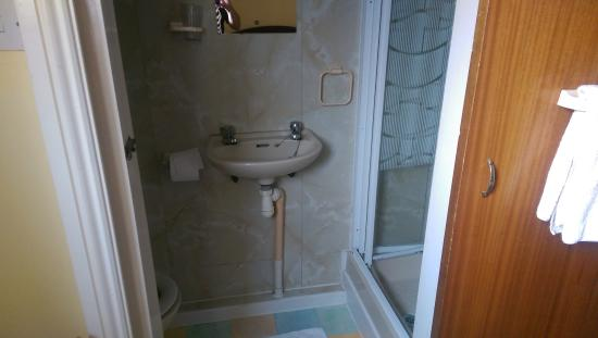 Elnor Guest House: ensuite single