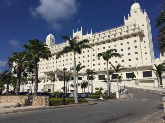 Hotel Riu Palace Aruba Rui Front Entrance