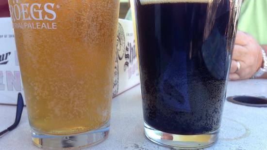 Brew House Grille: Bubbles like this = unclean glassware