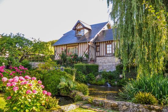 Photo de auberge de la source h tel de charme for Auberge le jardin de la source
