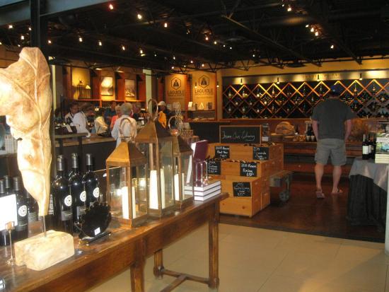 West Kelowna, Kanada: ADDITIONAL WINE TASTING AREA