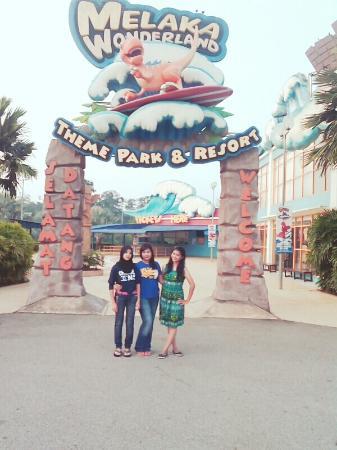 Melaka Wonderland: Having a nice day w beautiful gurls in my heart #9/10/15