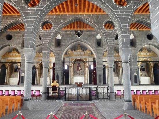 Surp Giragos Kilisesi - Surp Giragos Kilisesi, Diyarbakır ...