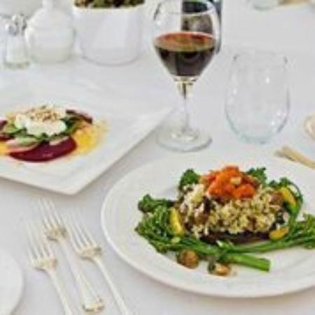 Jackson's Point, Καναδάς: Incredible meals served at the Briars