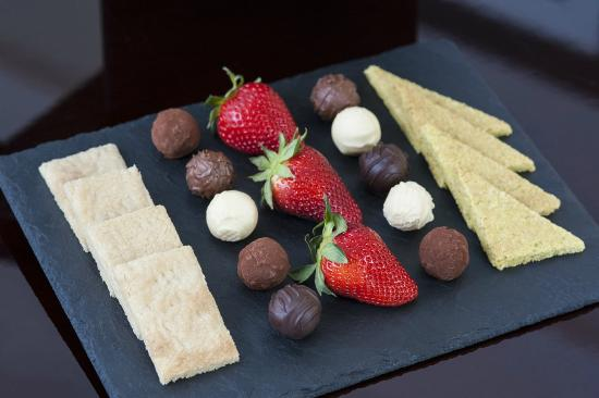 The Apartments by The Sloane Club: Little Luxuries - Homemade shortbread and truffles