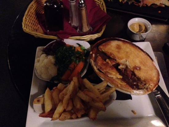 Grinton, UK: Meat Pie