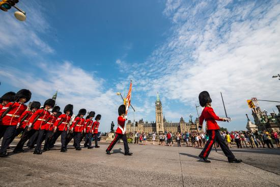 Changing of the Guard | Ottawa Tourism